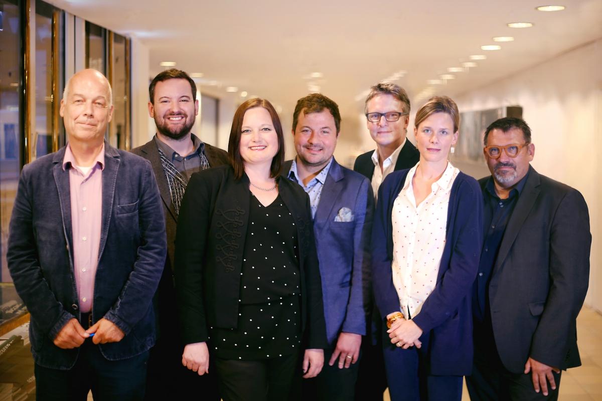 Der Vorstand des Freundeskreises, v.l.n.r.: Dr. Friedrich Barner, Marco Riedel, Maren Vergiels, Vincent Steinl, Dr. Jan Bonhage, Katharina Waitz, Stefan Hain.