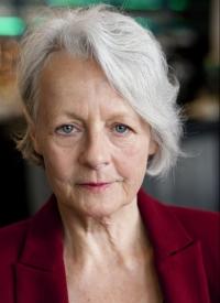 Lore Stefanek